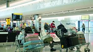 Aeroporto de Heathrow em Londres perde posição número um na Europa