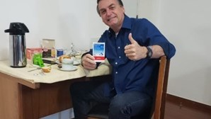 Jair Bolsonaro testa negativo ao coronavírus