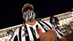 Há festa em Itália. Adeptos da Juventus festejam 36.º título da 'vecchia signora'