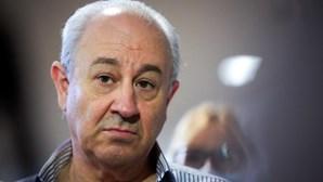 Rui Rio rejeita mistura de política com futebol profissional e critica Costa e Medina na Comissão de Honra de Vieira