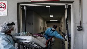Brasil regista queda na média móvel semanal de mortes por Covid-19