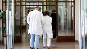 Sindicato dá orientações a médicos para se autoexcluírem de responsabilidades