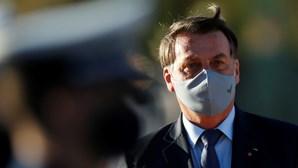 """Bolsonaro afirma que vai """"erradicar o comunismo"""" do Brasil"""