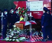 Homenagem decorreu no quartel dos Bombeiros de Leiria, na secção de Monte Redondo