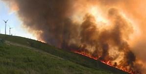 Incêndio em Oleiros aproxima-se de habitações. Veja as imagens das chamas