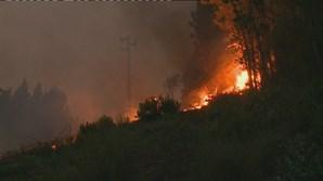 Incêndio em Oleiros não dá tréguas