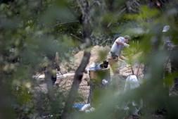 Polícia alemã encontra vestígios de cave secreta de suspeito de raptar Maddie McCann durante escavações em Hannover