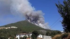 Incêndio no monte da Senhora da Graça em Mondim de Basto