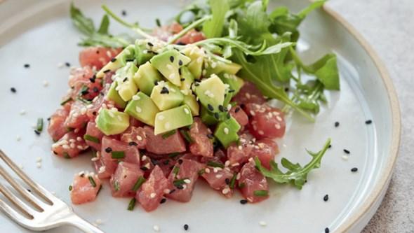 Receita de tártaro de atum com abacate, por Gordon Ramsey