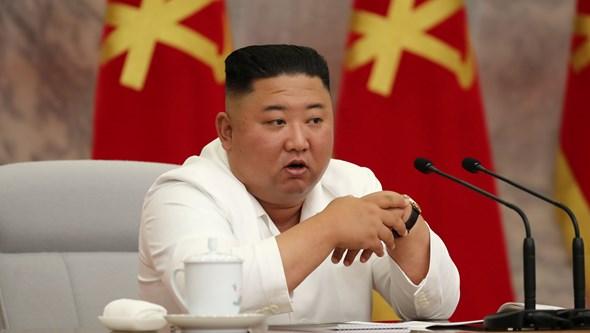 Ordenou a execução de duas pessoas e proibiu a pesca na Coreia do Norte. As medidas de Kim Jong Un para travar a Covid-19