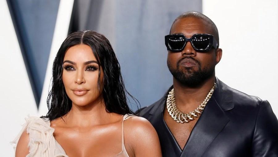 Kanye West com a mulher, Kim Kardashian
