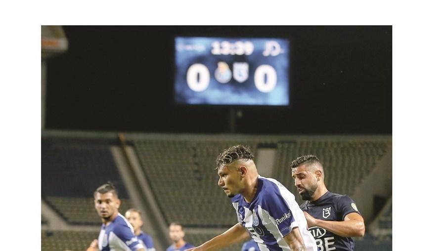 FC Porto vence o Belenenses por 5-0 no Dragão
