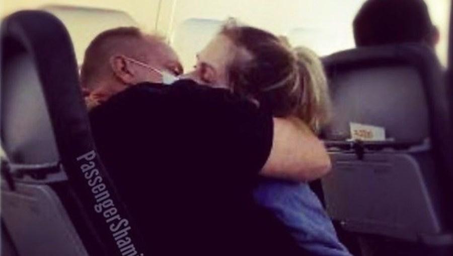 Situação insólita aconteceu durante um voo da companhia United Airlines