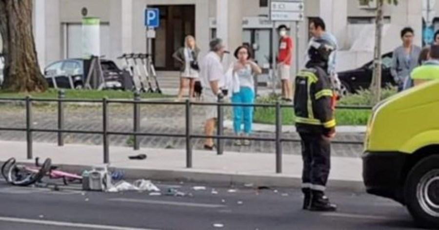 Menor de bicicleta fica gravemente ferida após colisão com carro em Lisboa