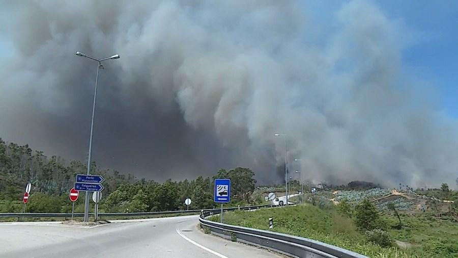 Incendio em VAlongo