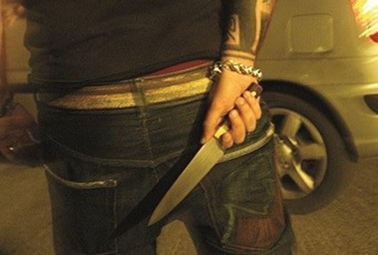 Jovens atacavam com facas