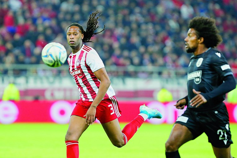 Rúben Semedo, de 26 anos, está esta temporada nos gregos do Olympiacos, onde tem sido um dos imprescindíveis do técnico Pedro Martins