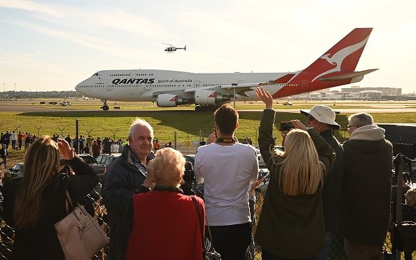 Centenas de pessoas no último voo do Boeing 747