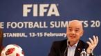Presidente da FIFA pede que se 'proteja a saúde' dos jogadores nos jogos de apuramento para o Mundial2022