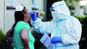 Deixa de ser obrigatório testar família de infetado com coronavírus