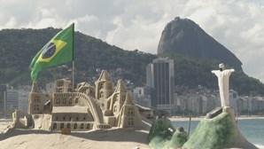 Brasil ultrapassa as 300 mil mortes por Covid-19 desde o início da pandemia