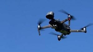 Investigadores de Coimbra querem drones a recolher lixo nas praias a partir de 2022