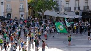 Dois mil adeptos saíram à rua para exigir readmissão do Vitória de Setúbal na I Liga