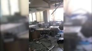 Redação do jornal Daily Star no Líbano destruída após violentas explosões em Beirute