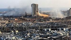Hospitais lotados e uma cidade destruída pelas explosões. Imagens mostram escala de devastação em Beirut
