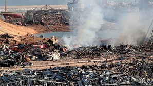 Detidos 16 funcionários do porto de Beirute dois dias após violentas explosões