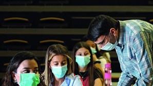 Máscaras e aulas ao sábado no Ensino Superior