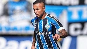 Benfica e Everton Cebolinha já chegaram a acordo