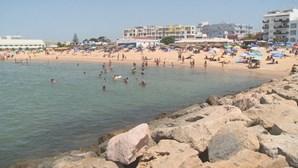 Água quente no Algarve até meados de agosto