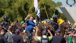 Bolsonaro equacionou golpe contra o Supremo