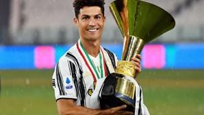 """Cristiano Ronaldo admite que época terminou """"mais cedo do que o esperado"""""""