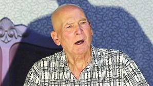 Alberto Villar (1933-2020)