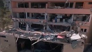 Novas imagens de drone mostram destroços em Beirute após explosões