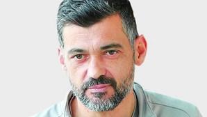 """Sérgio Conceição: """"Somos o alvo a abater dentro e fora do campo"""""""