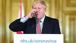 Boris Johnson considera novo confinamento em Inglaterra