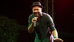 Olavo Bilac diz desconhecer processo judicial dos Santos & Pecadores sobre usurpação de músicas da banda