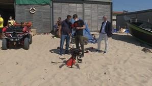"""Espinho testa uso de """"drone"""" nas praias para acudir a paragens cardíacas em 2021"""