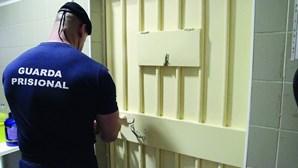Guarda preso após ser apanhado em negócio da droga já era suspeito