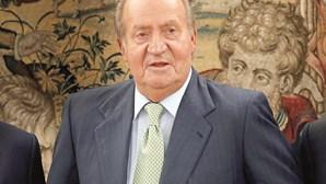 Rei emérito Juan Carlos I paga 4,4 milhões de euros ao fisco espanhol para saldar a dívida fiscal