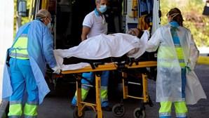 Número de infetados por coronavírus dispara em Espanha: 2987 nas últimas 24 horas