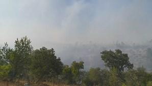 Incêndio em Ourém combatido por mais de 160 bombeiros e três meios aéreos