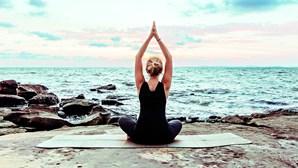 Aproveite as férias para praticar exercício físico na praia