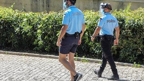 Pai e filha detidos por falta de carta em Oeiras