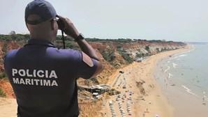 Homem resgatado do rio Douro no Porto morre apesar de tentativas de reanimação