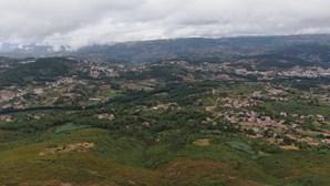 Homicida de Lalim continua em fuga às autoridades. Veja as imagens de drone da região