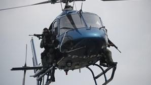 Supremo Tribunal brasileiro restringe uso de helicópteros em ações nas favelas do Rio de Janeiro